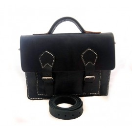 Satchel in real black...
