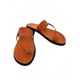 Feminine sandal in real...