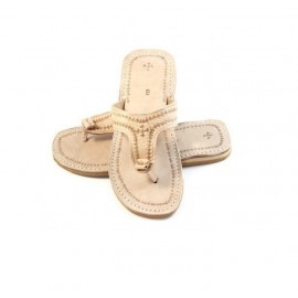 Thongs for woman in beige genuine leather